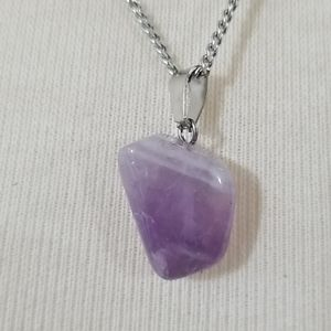 Jewelry - 🆕️ Amethyst stone Necklace